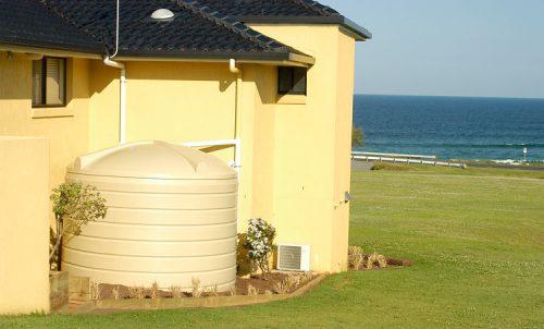 tanque de agua plastico y concreto en peru